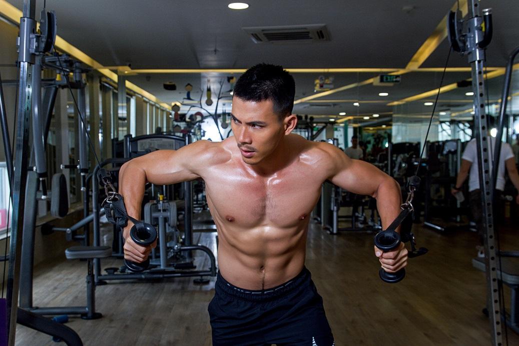 Ảnh nam tập gym