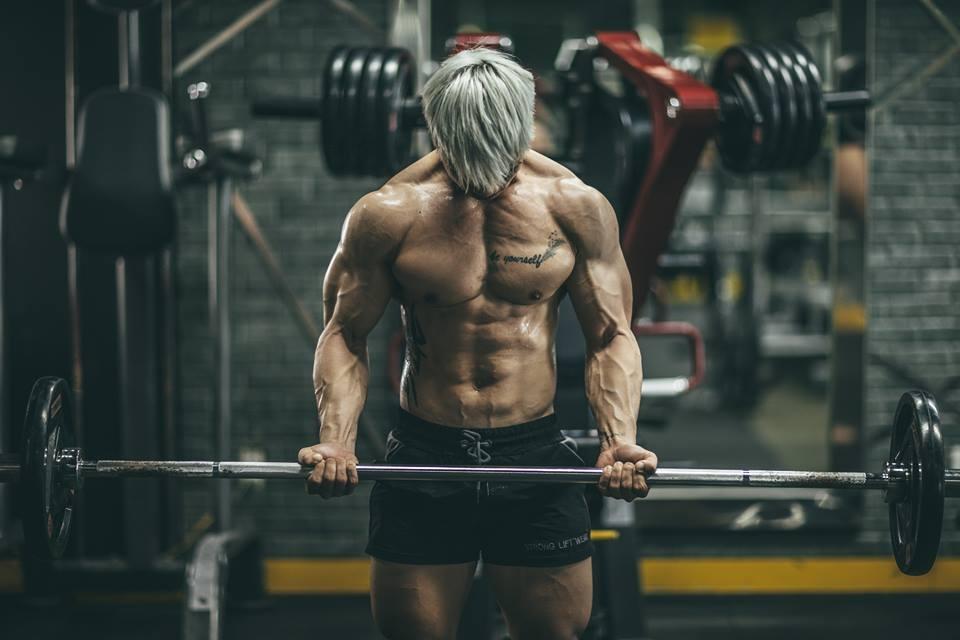 Ảnh thể hình của chàng trai sau 4 năm tập gym