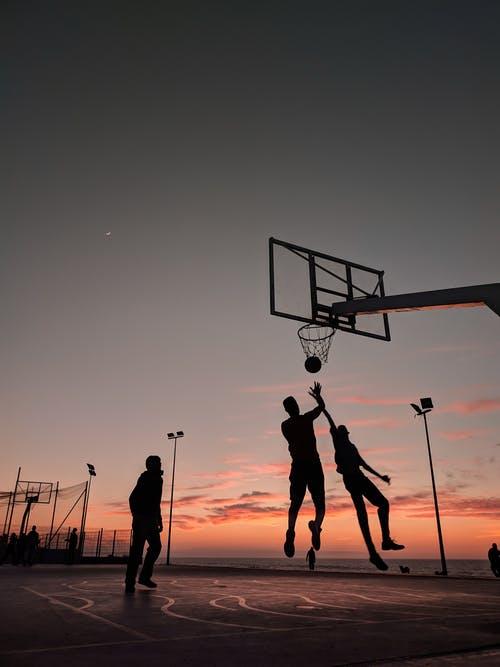 Ảnh chơi bóng rổ đẹp