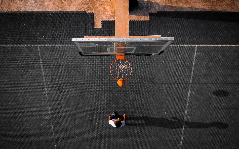 Hình ảnh bóng rổ và bầu trời đẹp