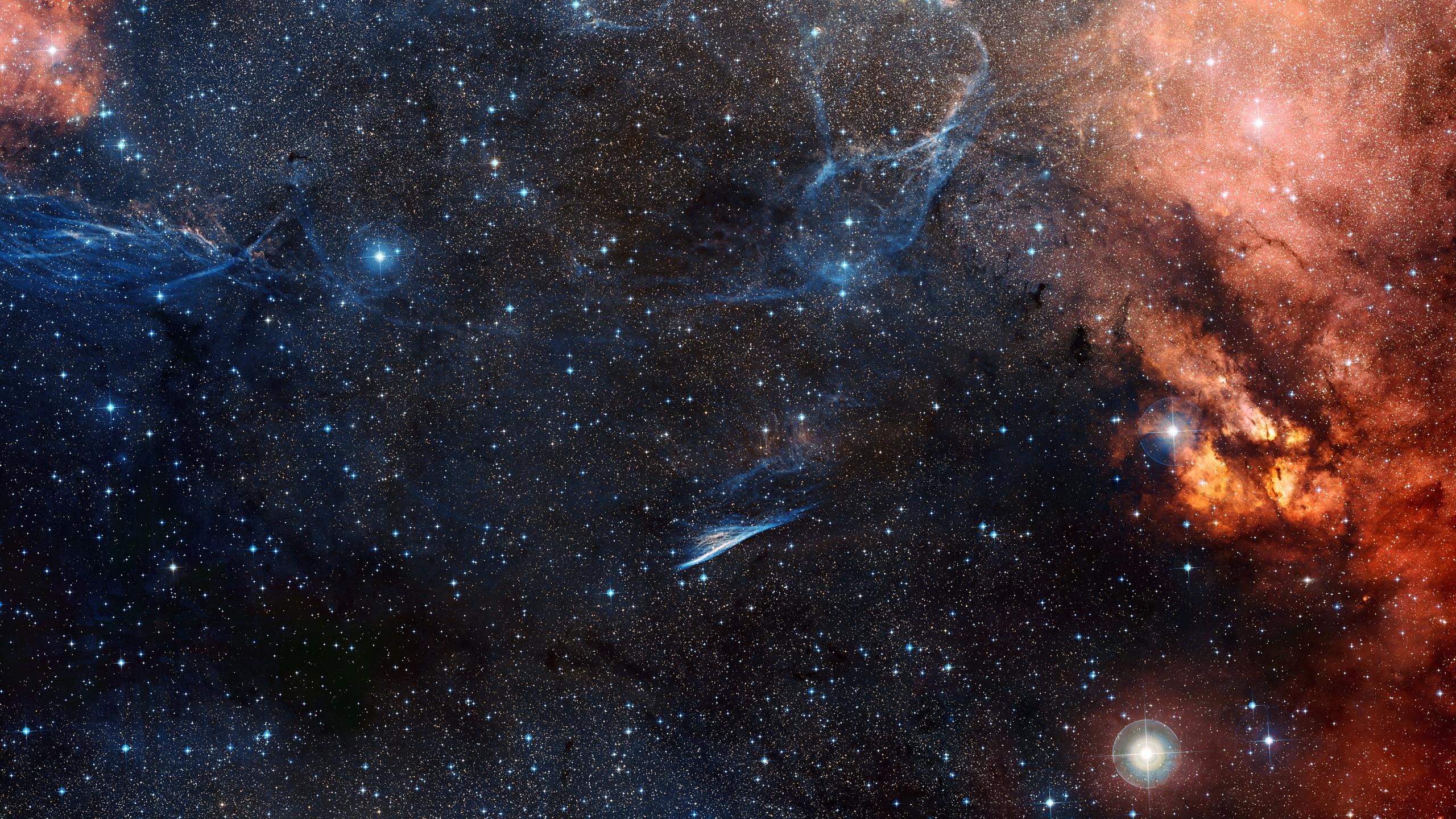 Hình galaxy đẹp nhất khiến bất cứ ai cũng phải mê mẩn