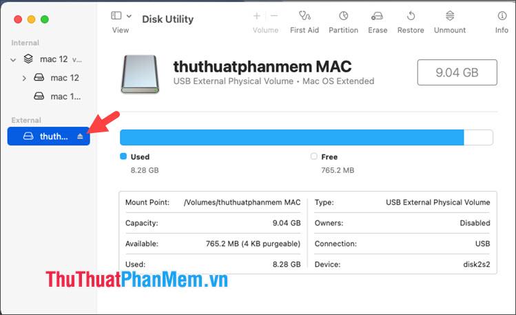 Click vào biểu tượng Eject để tháo USB