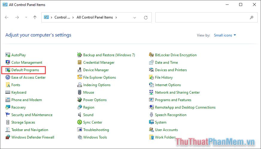 Chuyển chế độ View by thành Small icons và chọn thẻ Default Programs trong danh sách