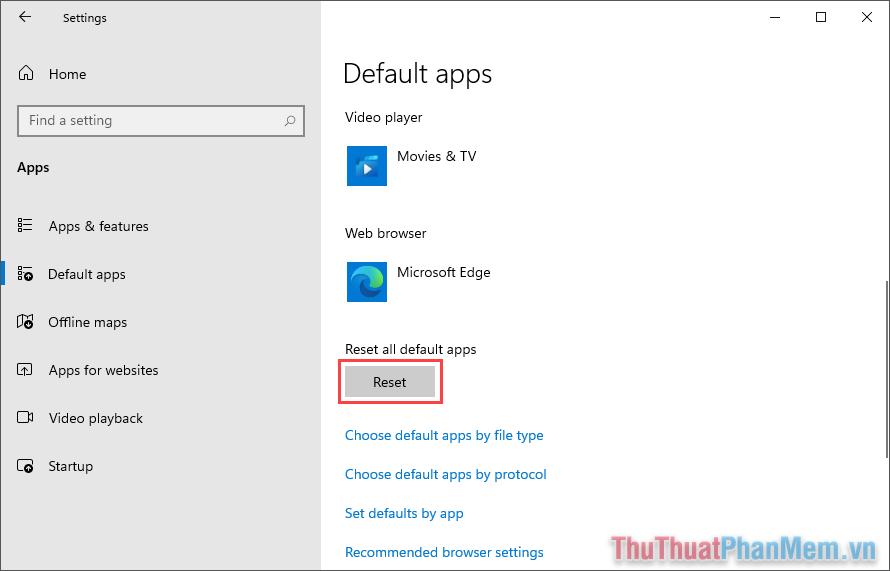 Tìm đến Reset all default apps và chọn Reset để đặt chúng về mặc định theo nhà sản xuất