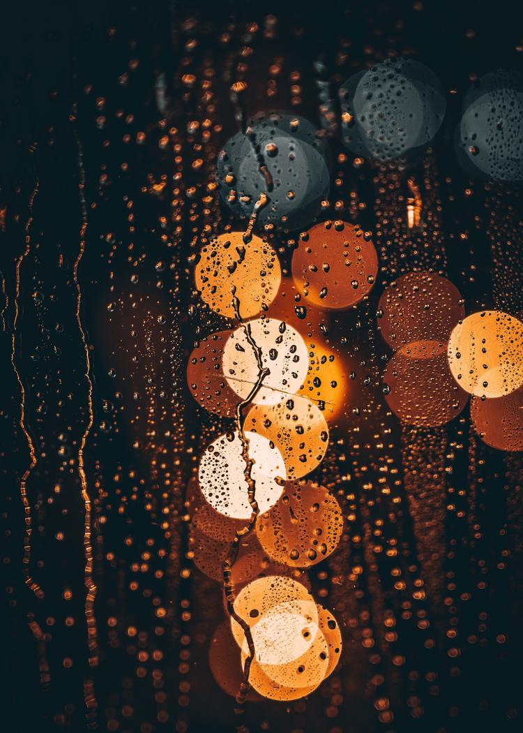 Background mưa và đèn đường