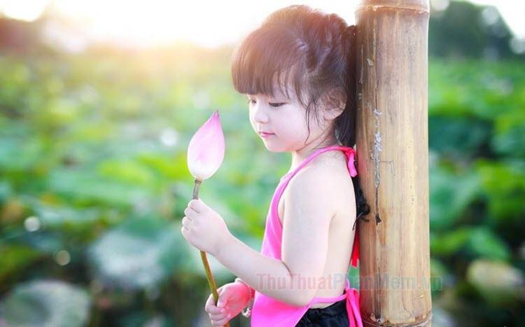 Hình ảnh bé gái dễ thương, đáng yêu