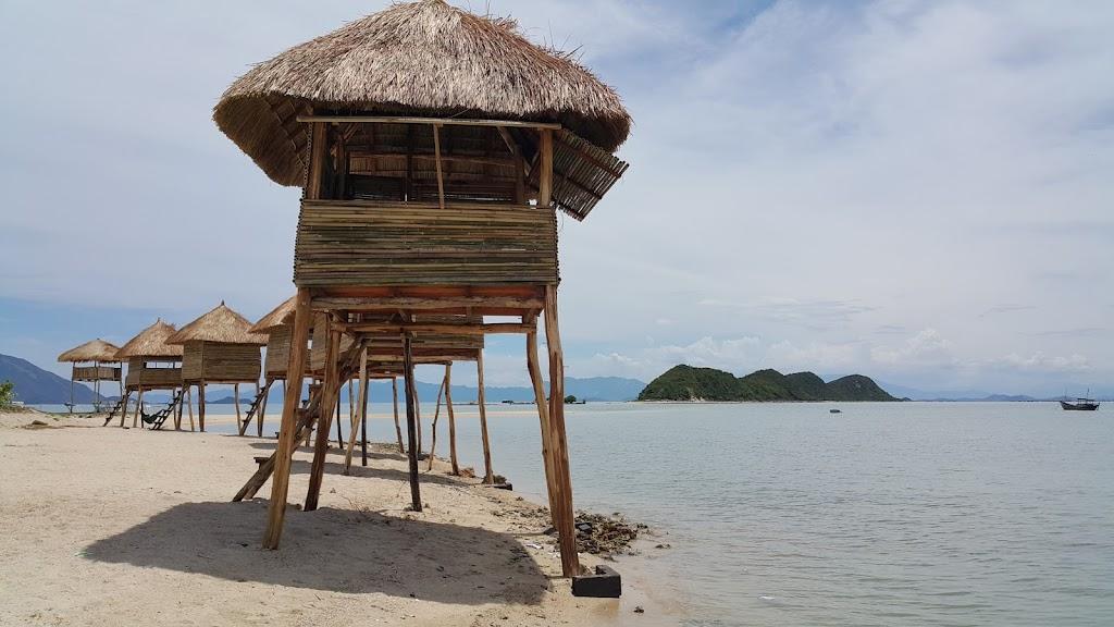 Hình ảnh chòi nghỉ mát đảo Điệp Sơn