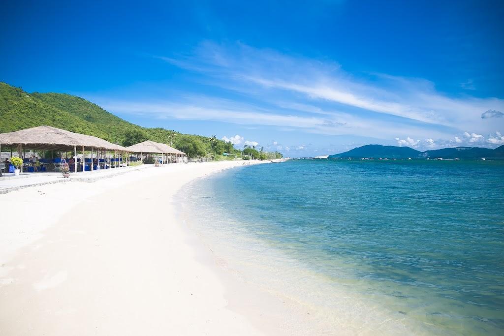 Hình ảnh đảo Điệp Sơn cát trắng nước xanh