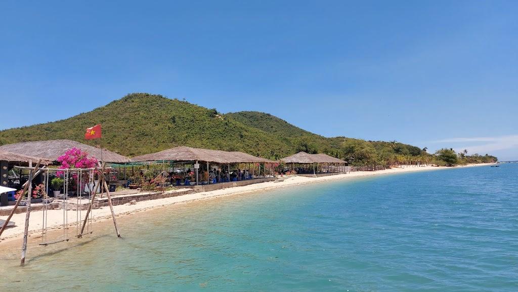 Hình ảnh đảo Điệp Sơn ngày nắng