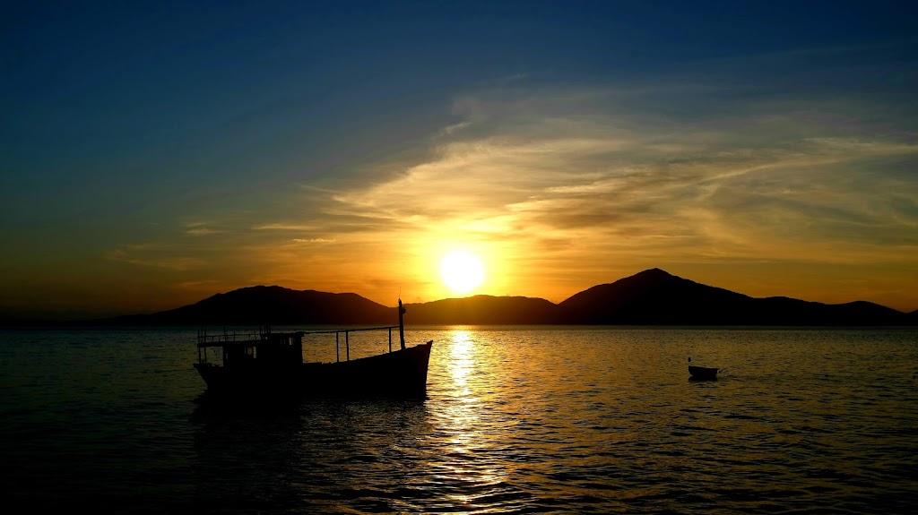 Hình ảnh hoàng hôn trên đảo Điệp Sơn